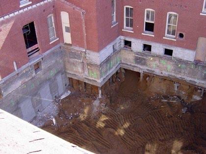 WDFM_Construction-hole