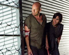 Bruce_willis_and_justin_long_plot_2